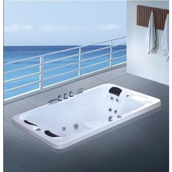 Bồn tắm Daros HT-1017