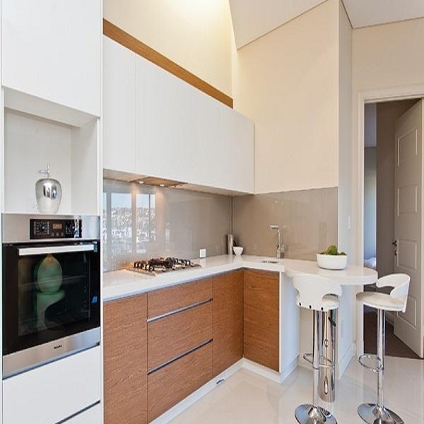 Tủ bếp gỗ HDF lõi xanh sơn PU trắng hoặc màu (Sài Gòn)