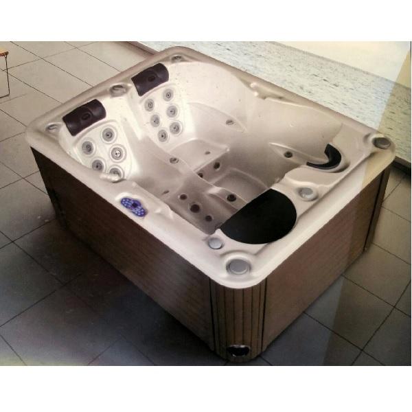 Bồn tắm massage Daros DR 16-52